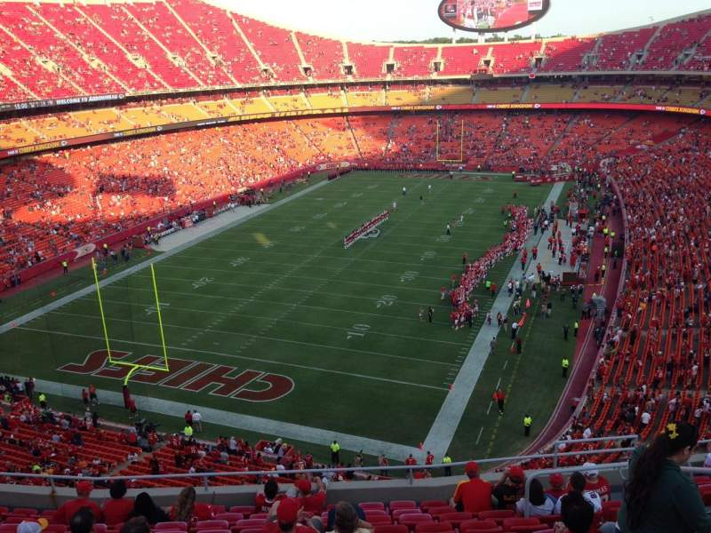 Seating view for Arrowhead Stadium Section 333 Row 12 Seat 9