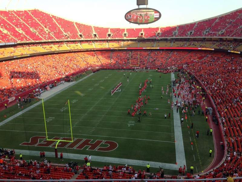 Seating view for Arrowhead Stadium Section 334 Row 8 Seat 9