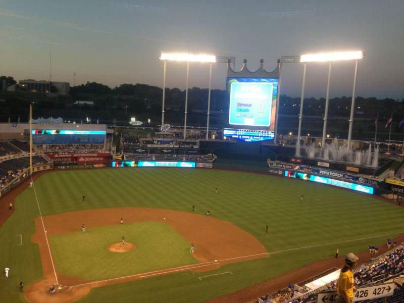 Seating view for Kauffman Stadium Section 425 Row V Seat 12