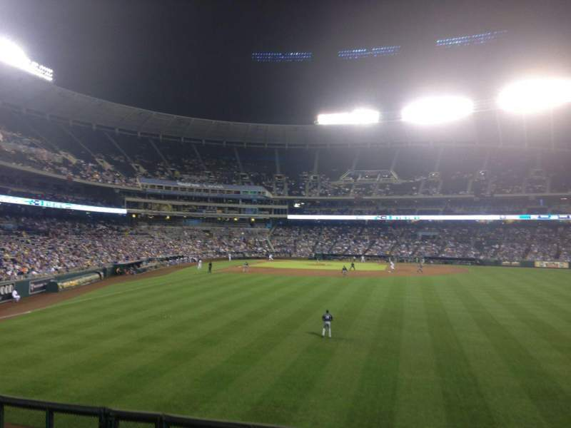 Seating view for Kauffman Stadium Section 152 Row C Seat 14