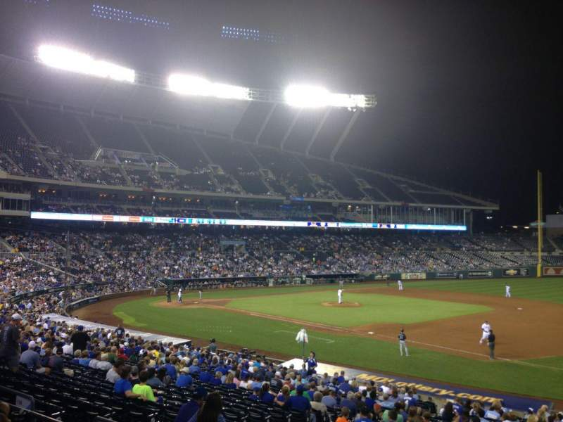 Seating view for Kauffman Stadium Section 239 Row DD Seat 9