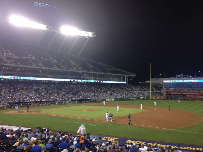 Seating view for Kauffman Stadium Section 138 Row X Seat 11