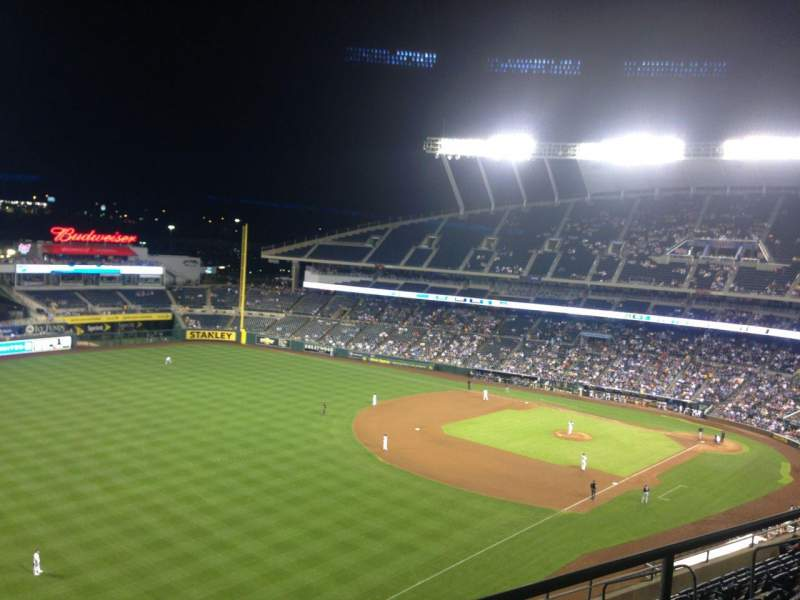 Seating view for Kauffman Stadium Section 402 Row GG Seat 8