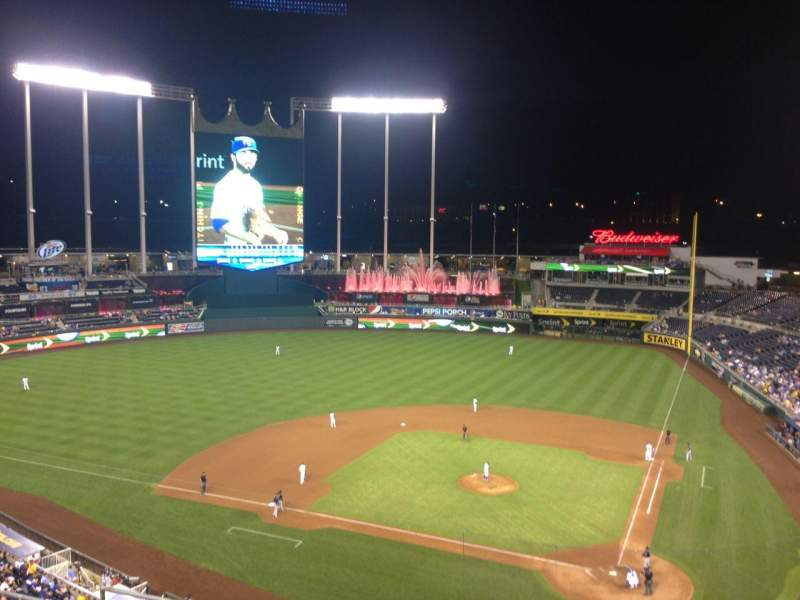 Seating view for Kauffman Stadium Section 415 Row H Seat 10