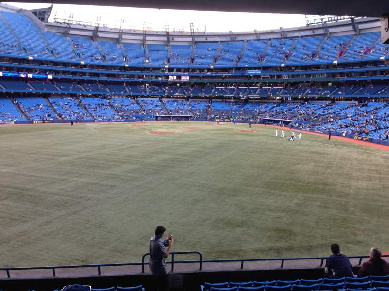 Seating view for Rogers Centre Section 139L Row 11 Seat 102