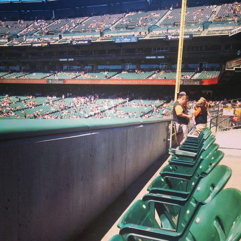 Seating view for Oracle Park Section 139 Row 1 Seat 13