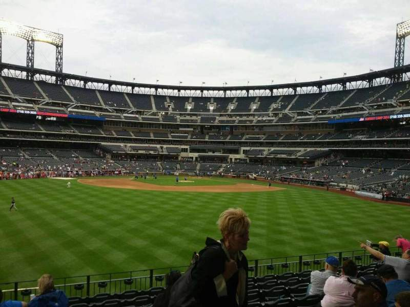 Seating view for Citi Field Section 138 Row 10 Seat 22