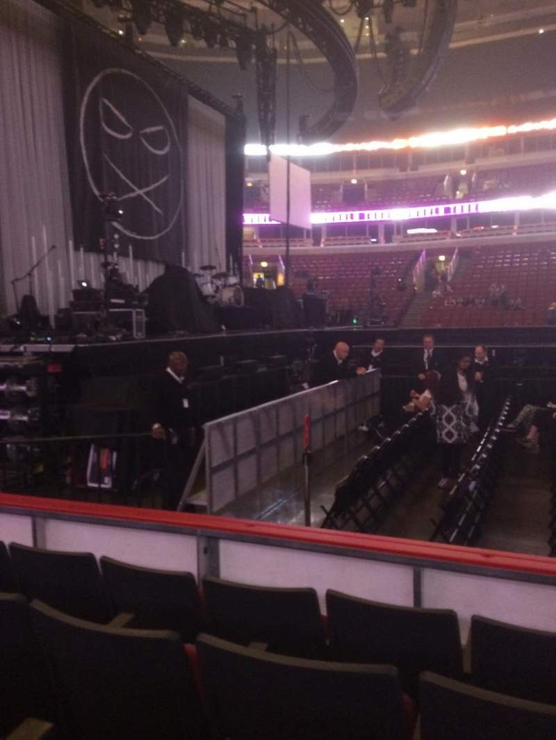Seating view for United Center Section 113 Row 4 Seat 8