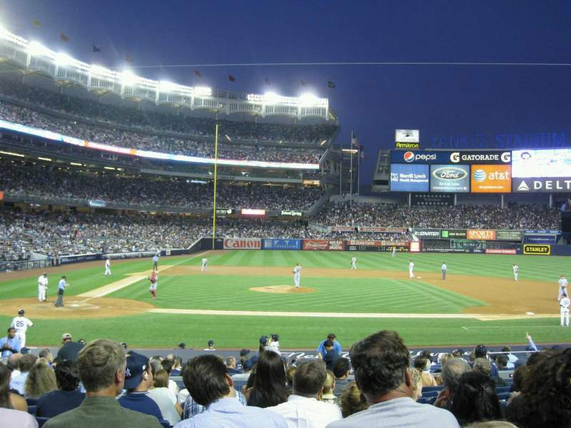 Seating view for Yankee Stadium Section 117A Row 21 Seat 9