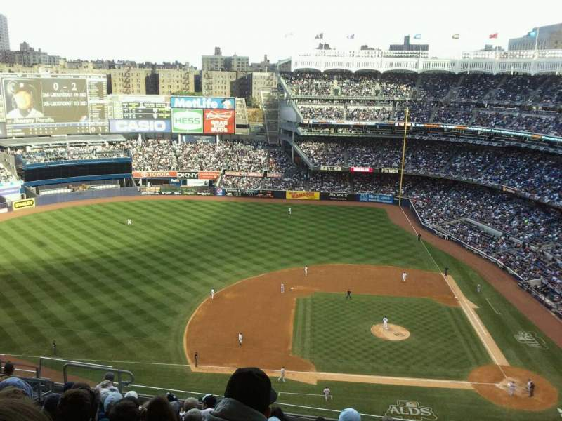 Seating view for Yankee Stadium Section 424 Row 11 Seat 15