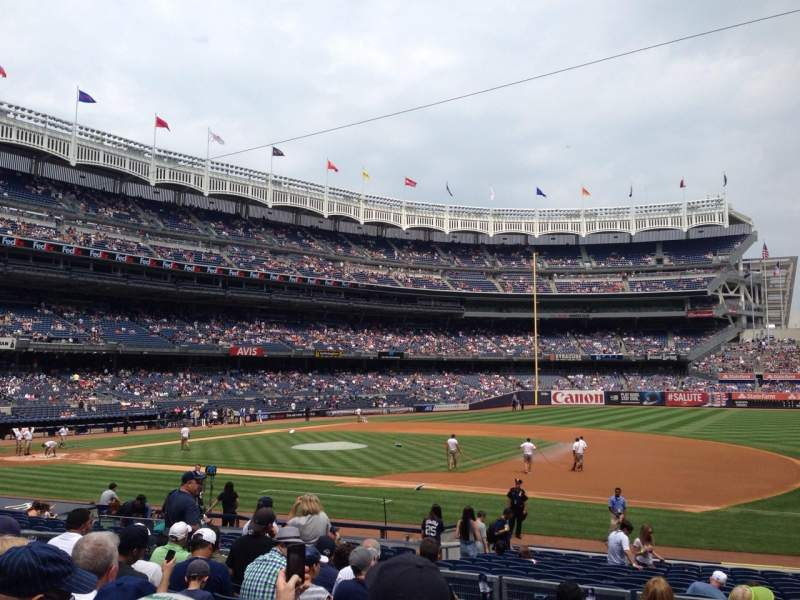 Seating view for Yankee stadium Section 114b Row 20 Seat 4