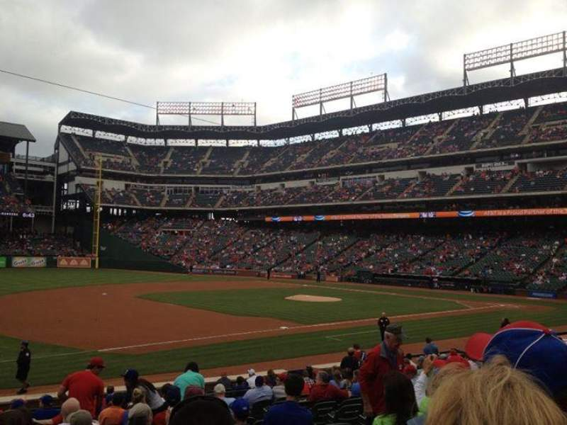 Seating view for Globe Life Park in Arlington Section 16 Row 17 Seat 12