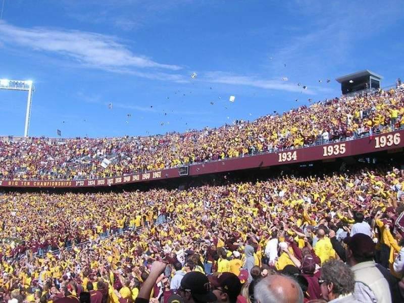 TCF Bank Stadium, section: 135, row: 17