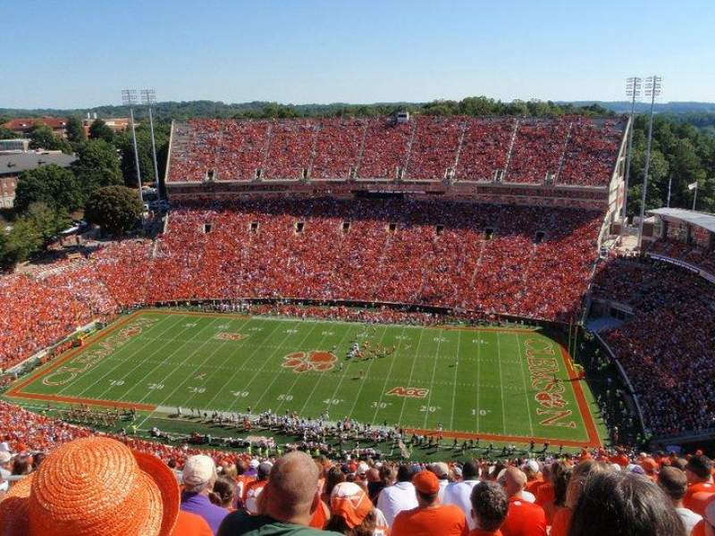 Seating view for Memorial Stadium, Clemson Section R Row MM