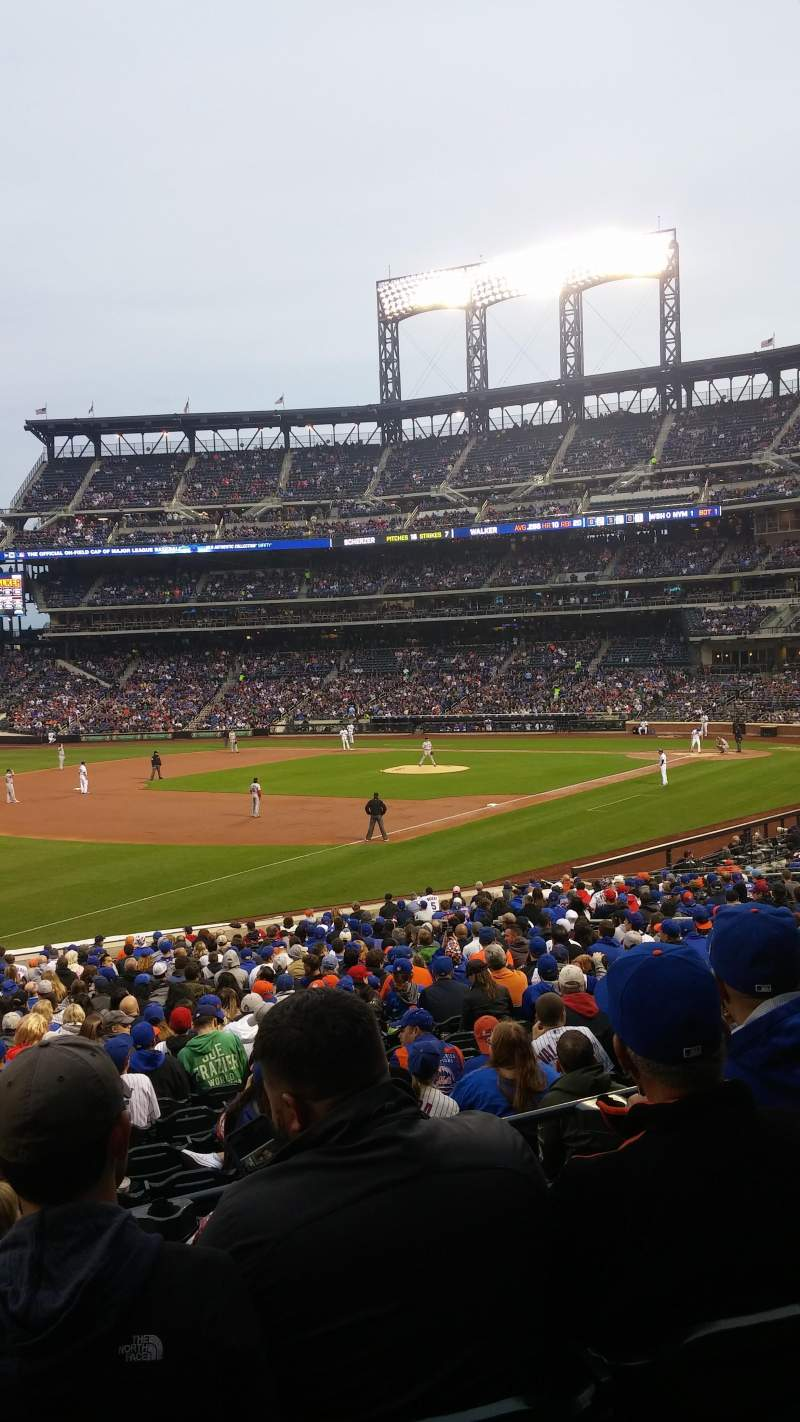 Seating view for Citi Field Section 126 Row 26 Seat 21
