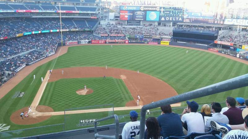 Seating view for Yankee Stadium Section 317 Row 6 Seat 1