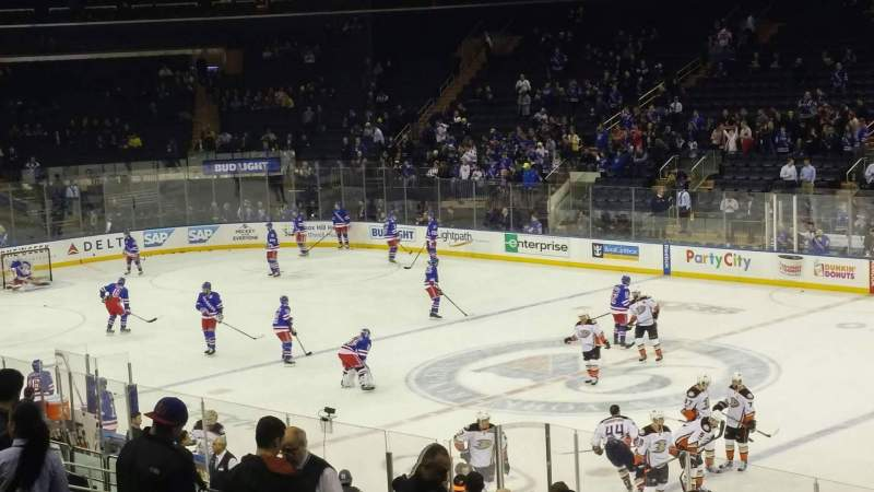 Madison Square Garden Section 109 Row 19 Seat 13 New York Rangers Vs Anaheim Ducks Shared