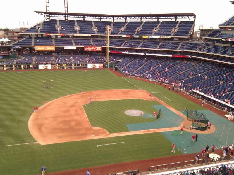 Seating view for Citizens Bank Park Section 327 Row 3 Seat 9