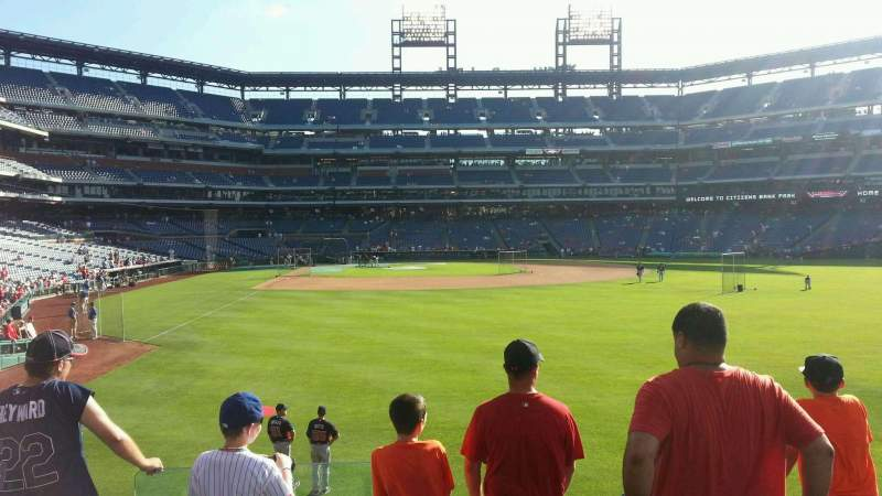 Citizens Bank Park, section: 105, row: 5, seat: 20