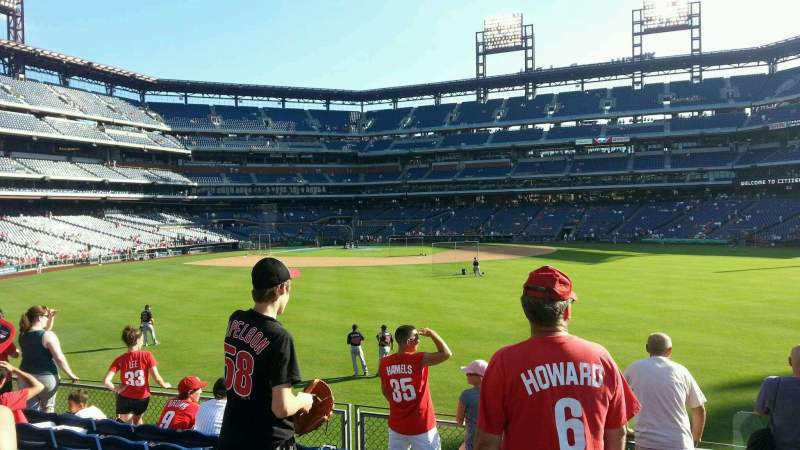 Citizens Bank Park, section: 102, row: 7, seat: 1