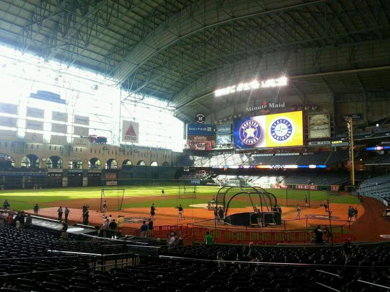 Seating view for Minute Maid Park Section 118 Row 26 Seat 10