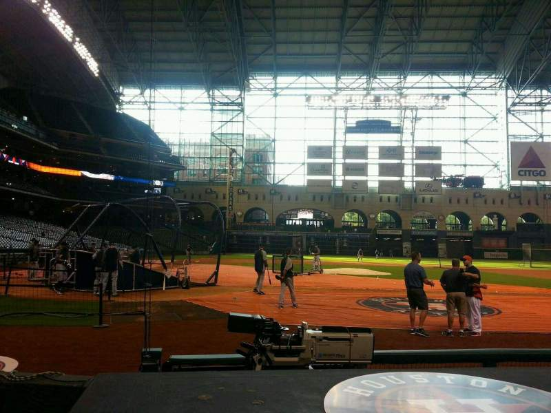 Seating view for Minute Maid Park Section 122 Row 6 Seat 13