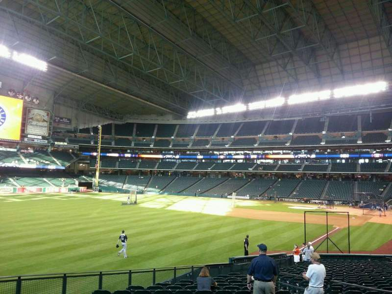 Seating view for Minute Maid Park Section 105 Row 28 Seat 16