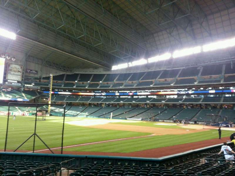 Seating view for Minute Maid Park Section 107 Row 14 Seat 4
