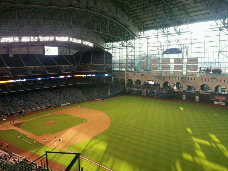 Seating view for Minute Maid Park Section 432 Row 5 Seat 5