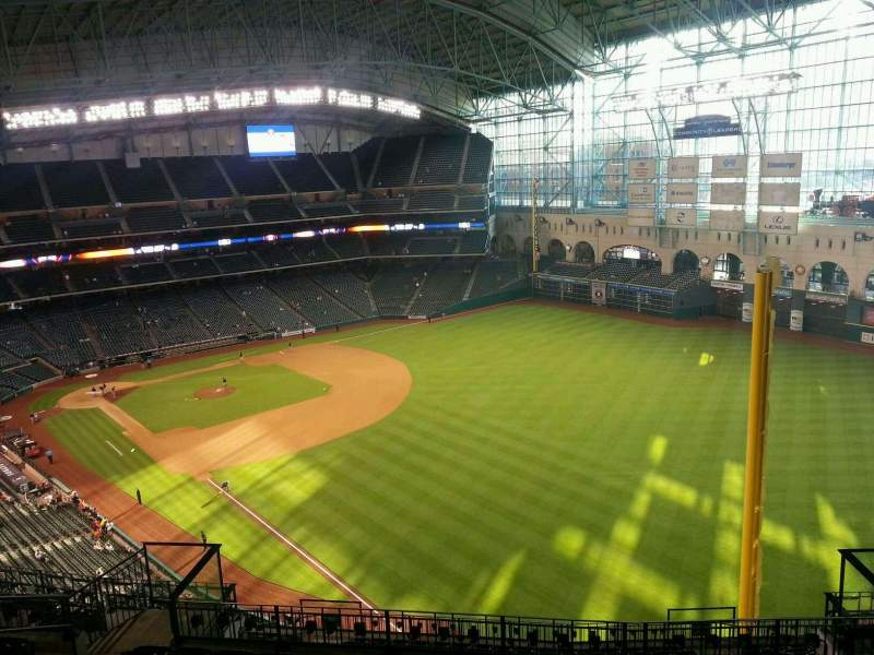 Seating view for Minute Maid Park Section 434 Row 9 Seat 10