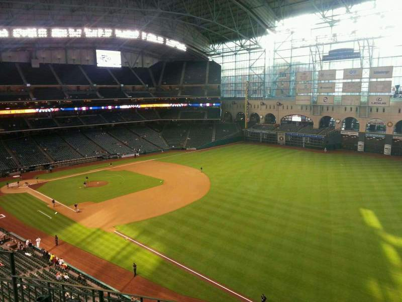 Seating view for Minute Maid Park Section 332 Row 4 Seat 8