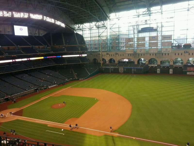 Seating view for Minute Maid Park Section 328 Row 4 Seat 14