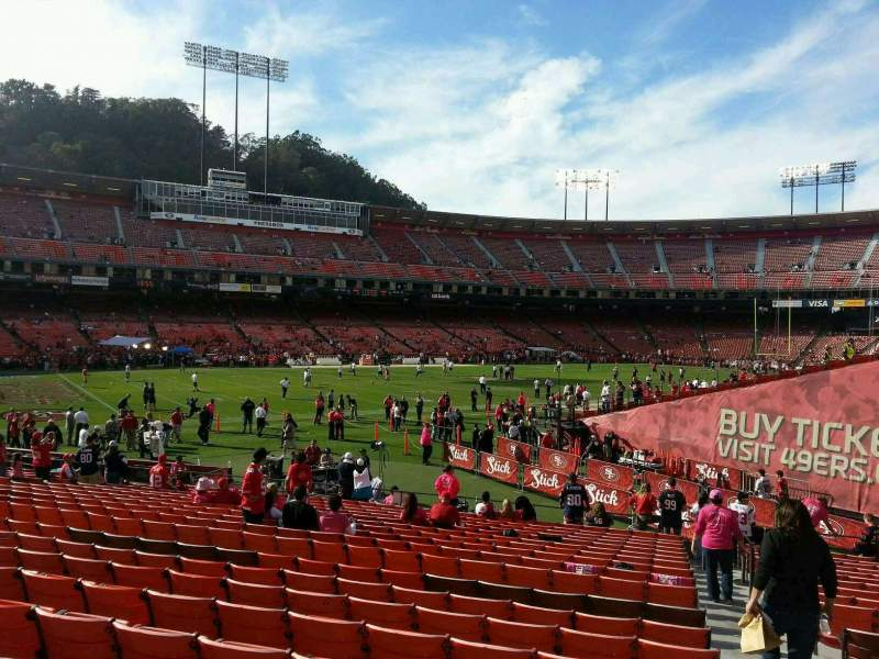 Seating view for Candlestick Park Section 19 Row t Seat 1