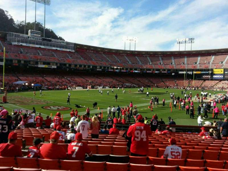 Seating view for Candlestick Park Section 17 Row r Seat 20