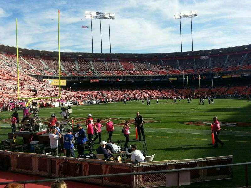 Seating view for Candlestick Park Section 32 Row 5 Seat 12