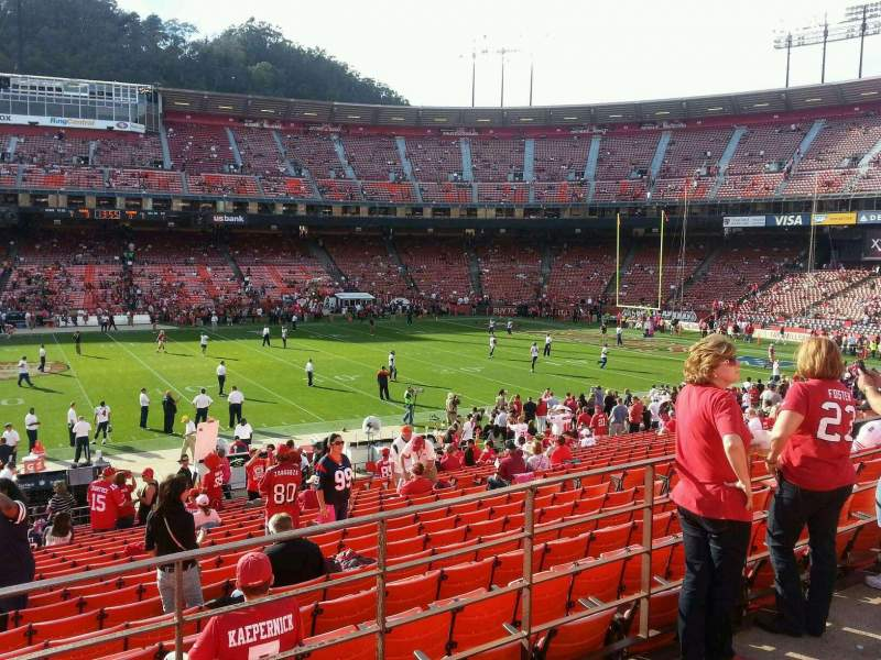 Seating view for Candlestick Park Section 31 Row 22 Seat 16