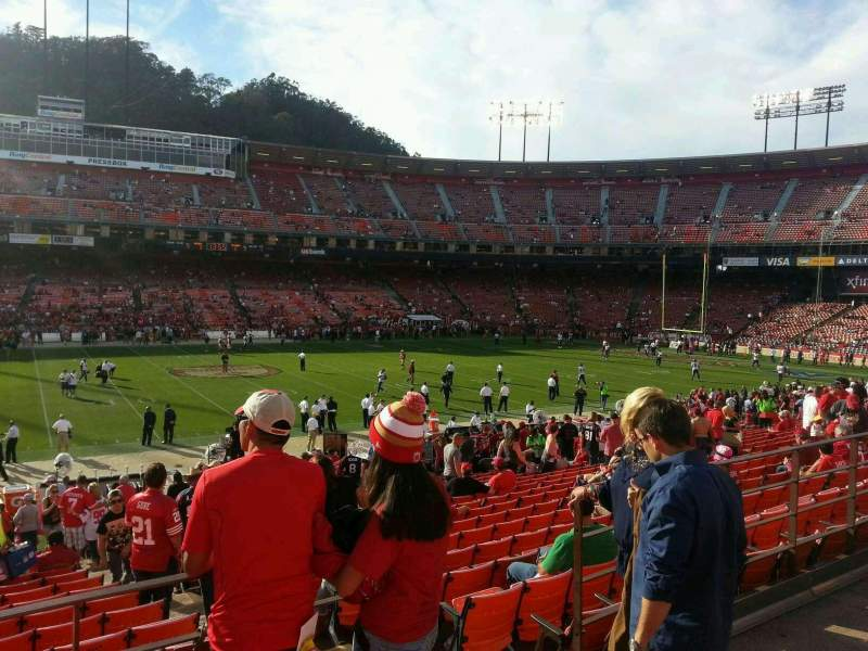 Seating view for Candlestick Park Section 27 Row 22 Seat 4