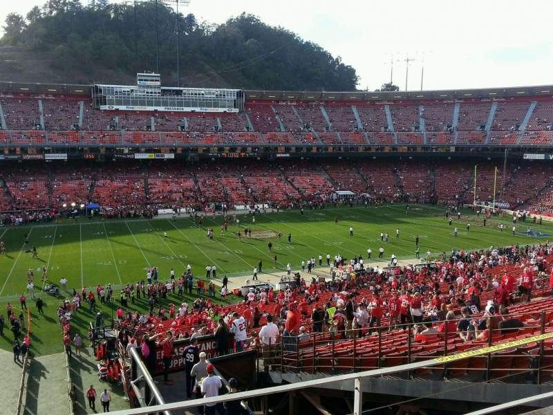 Seating view for Candlestick Park Section 35 Row 28 Seat 5