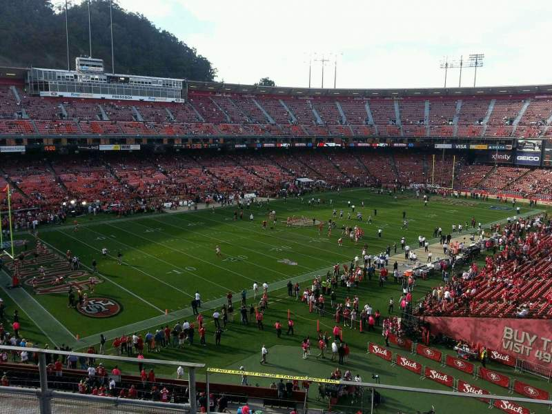 Seating view for Candlestick Park Section 25 Row f Seat 14