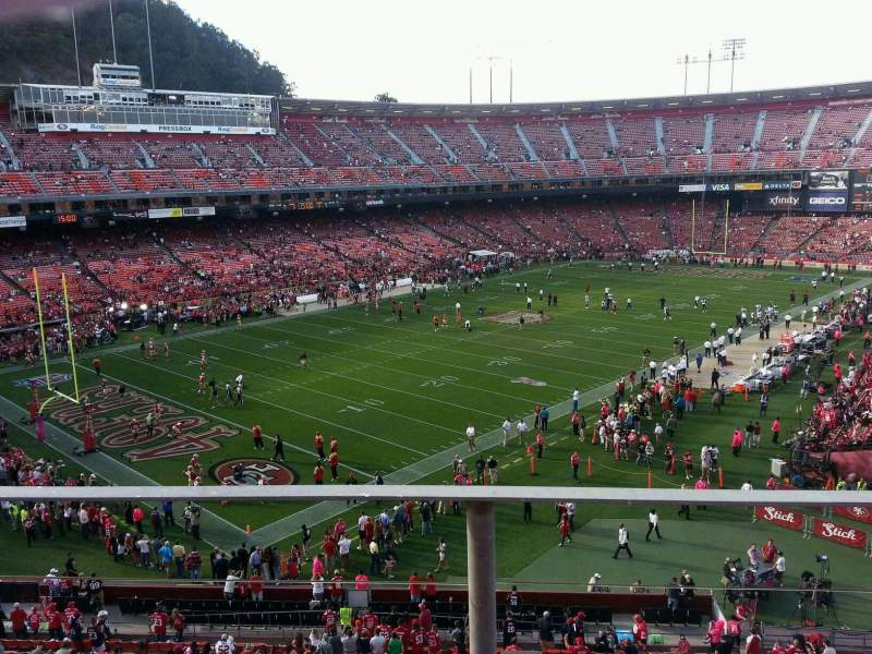 Seating view for Candlestick Park Section 23 Row b Seat 18