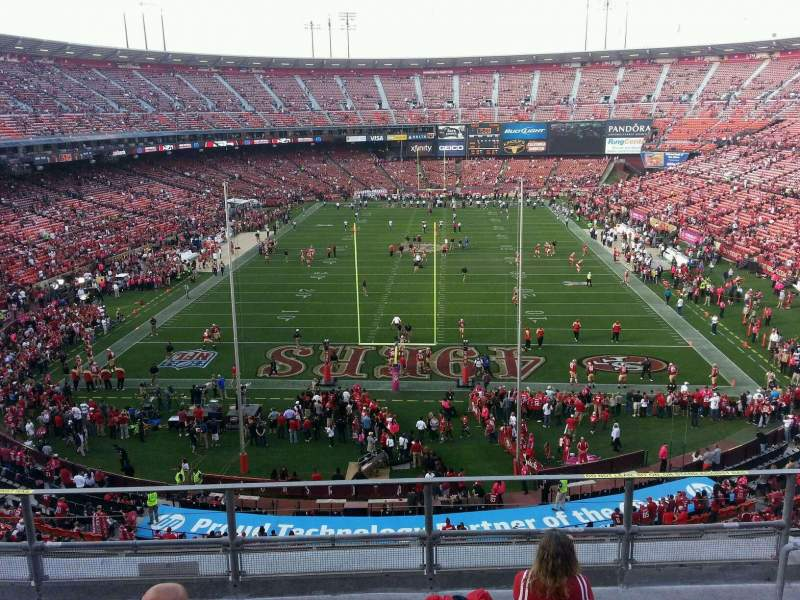 Seating view for Candlestick Park Section 9 Row f Seat 8