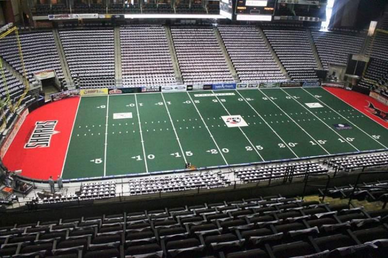 Jacksonville Veterans Memorial Arena, section: 305, row: H, seat: 8
