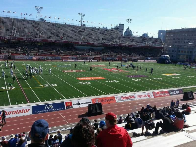 Percival Molson Memorial Stadium, section: j1, row: 20, seat: 12
