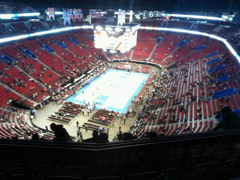 Seating view for Centre Bell Section 326 Row b Seat 8