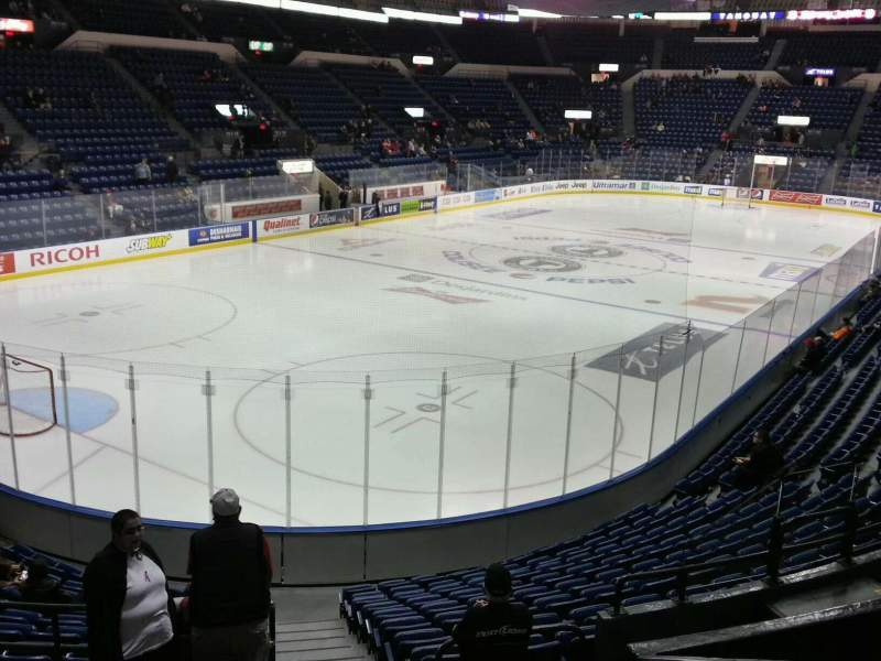 Seating view for Colisée Pepsi Section 119 Row p Seat 10