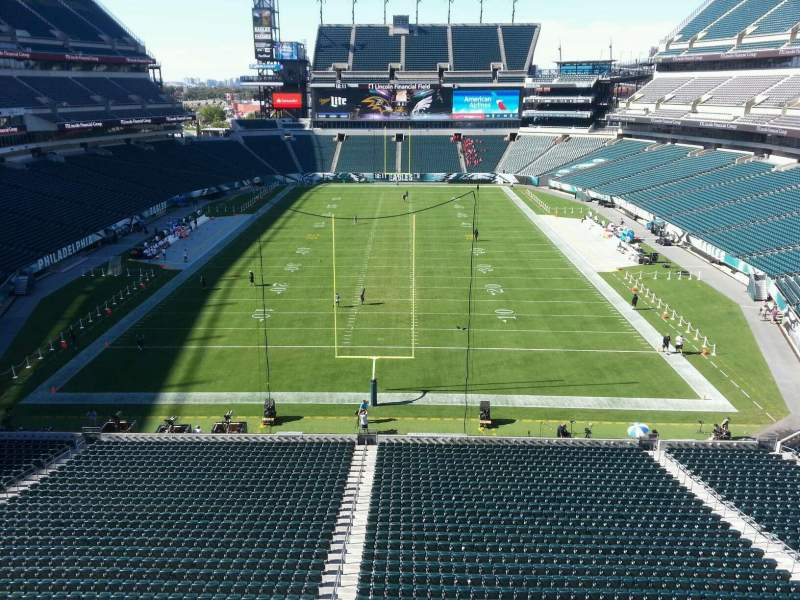 Seating view for Lincoln Financial Field Section m11 Row 13 Seat 14