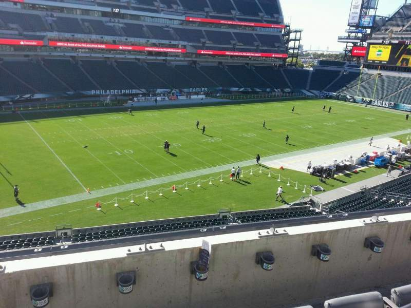 Seating view for Lincoln Financial Field Section c17 Row 3 Seat 11
