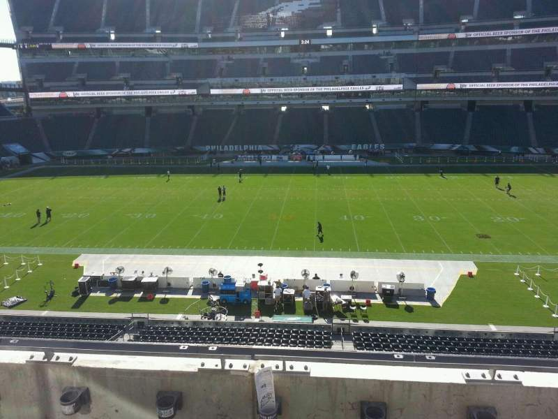 Lincoln Financial Field, section: c22, row: 3, seat: 12