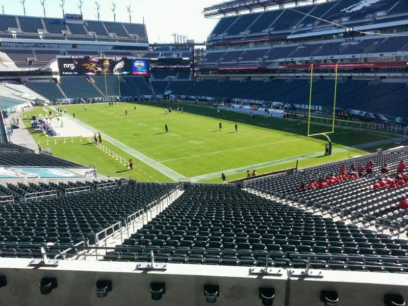 Seating view for Lincoln Financial Field Section ne t 1 Row 4 Seat 20
