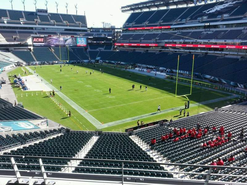 Seating view for Lincoln Financial Field Section ne t 2 Row 3 Seat 15